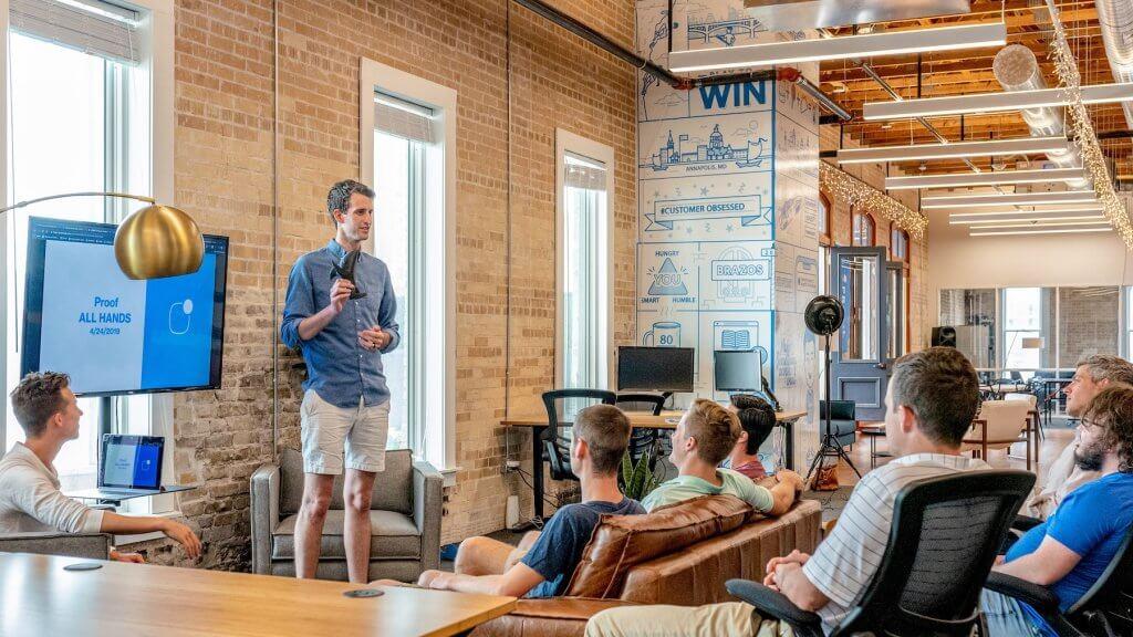 Strategien zur Neukundengewinnung für Startups